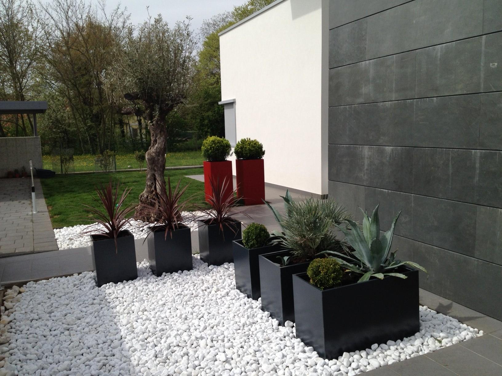 Excellent giardino moderno design with giardino moderno design for Design giardini